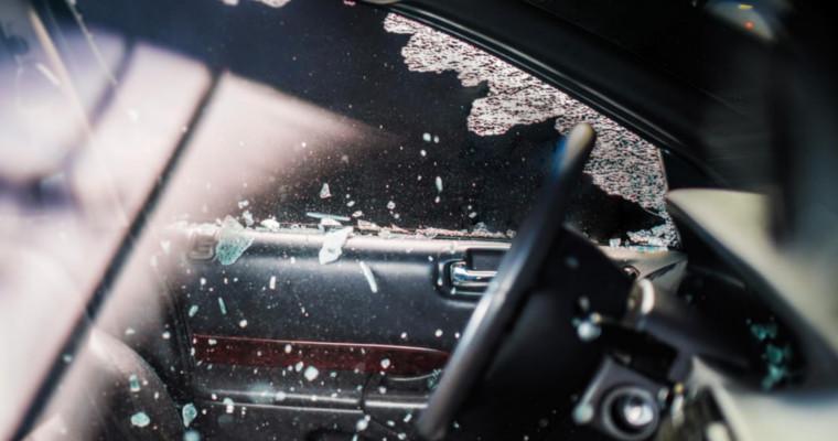 Sostituzione parabrezza e vetri auto